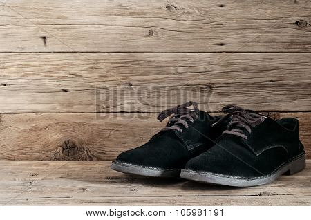 Men's Black Suede Boots With Laces