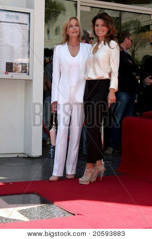 LOS ANGELES - JUN 2:  Bo Derek, Shania Twain at the Shania Twain Hollywood Walk of Fame Star Ceremony at W Hotel Sidewalk on June 2, 2011 in Los Angeles, CA