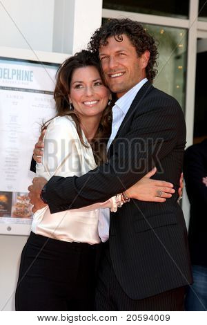 LOS ANGELES - JUN 2:  Shania Twain, husband Frederic Nicolas Thiebaud at the Shania Twain Hollywood Walk of Fame Star Ceremony at W Hotel Sidewalk on June 2, 2011 in Los Angeles, CA
