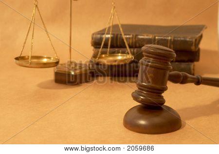 rechtliche