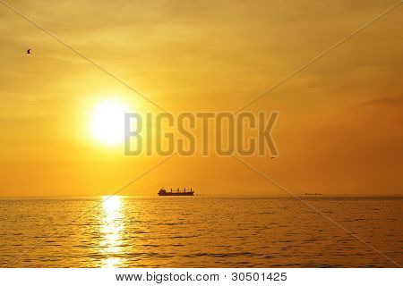 ship-and-sunset