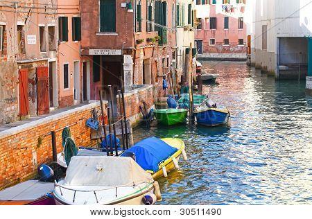 Canal de Venecia, Italia
