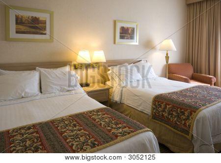 Ein generischer Hotelzimmer