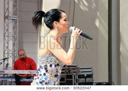 Singer Bengu Erden