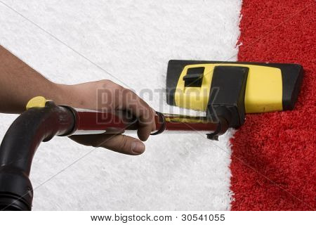 limpiar con la aspiradora
