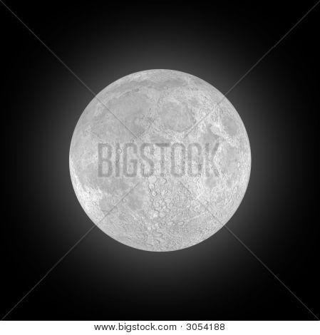 Lua cheia no céu negro