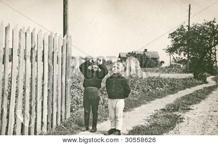 altes Photo der Brüder (Anfang der fünfziger Jahre)