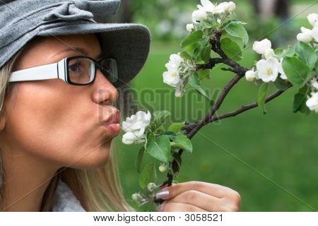 Beijo na natureza