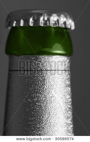 Bottleneck With Crown Cap