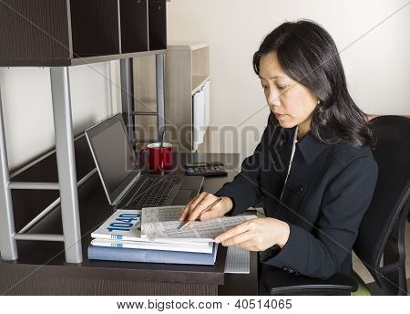 Professional Mature Woman Income Tax Accountant