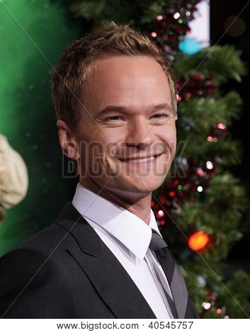 LOS ANGELES - 02 de NOV: NEIL PATRICK HARRIS chegando ao