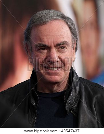 LOS ANGELES - 06 de NOV: NEIL DIAMOND, chegando ao