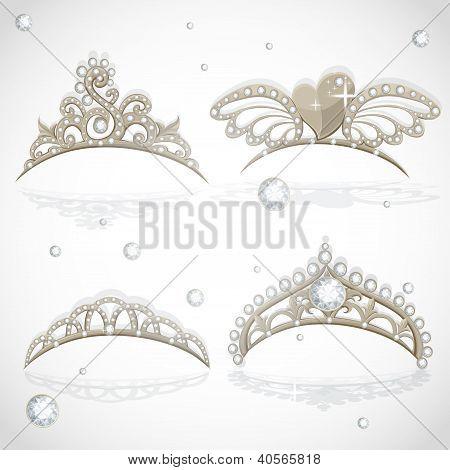 Shining gold girls tiaras with diamonds on the hoop set