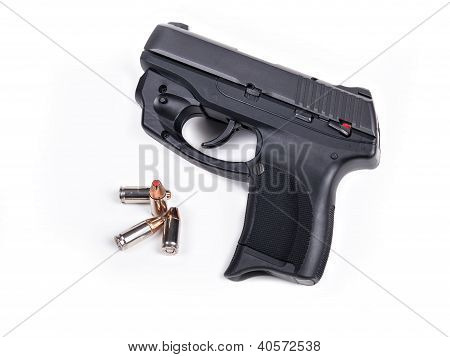 9Mm Handgun & Bullets