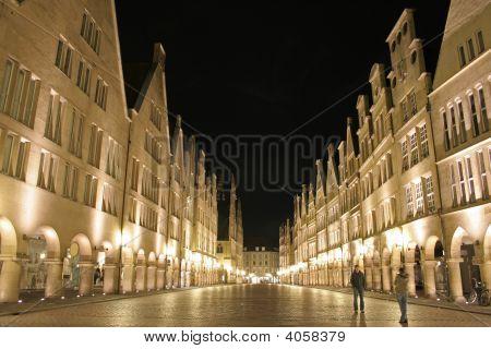 Calle en Alemania de la noche