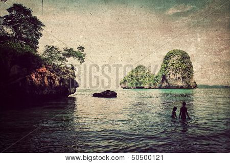 Couples in Sea Abstract Background,vintage Style