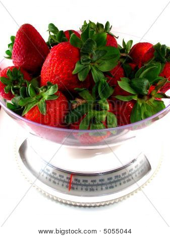 Food Scale With Strawberries