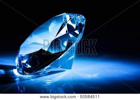 diamond classic cut blue tone