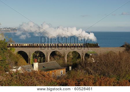 Great Western Steam of the Viaduct