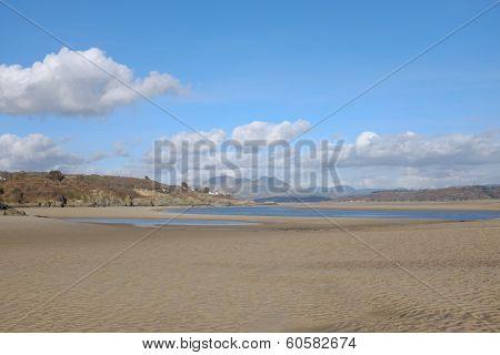 Borth Y Gest, Estuary.