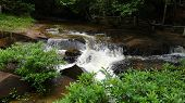 picture of lingam  - Kbal Spean  - JPG