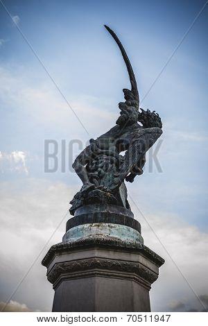 retiro, devil figure, bronze sculpture with demonic gargoyles and monsters