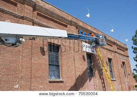 Installing Sign