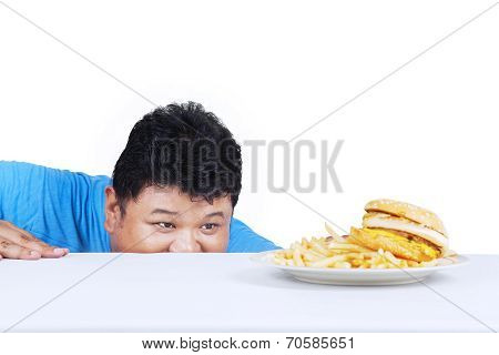 Man Is Peeping Hamburger 1