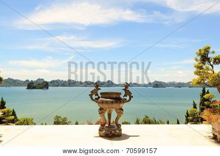 Ha long bay at Quang Ninh province, Vietnam