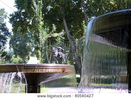 Tashkent Fountain In Front Of Amir Temur Monument 2007