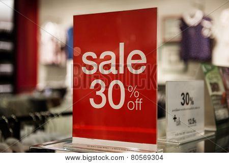 Sale 30 %