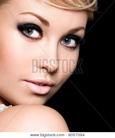 Fashion Female Make-up