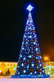 pic of lenin  - Main Christmas Tree And Festive Illumination On Lenin Square In Gomel - JPG