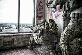 picture of army soldier  - United States Army rangers during the military operation - JPG