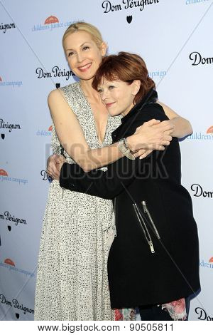 LOS ANGELES - MAY 12:  Kelly Rutherford, Frances Fisher at the Children's Justice Campaign Event at the Private Residence on May 12, 2015 in Beverly Hills, CA