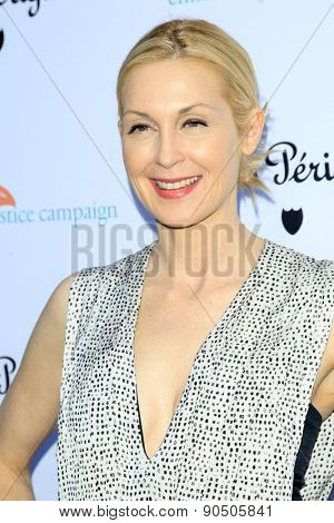 LOS ANGELES - MAY 12:  Kelly Rutherford at the Children's Justice Campaign Event at the Private Residence on May 12, 2015 in Beverly Hills, CA