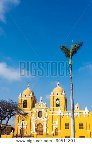 Trujillo Cathedral And Palm Tree