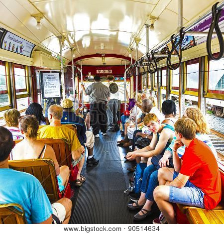 People Travel With The Famous Old Street Car St. Charles Line