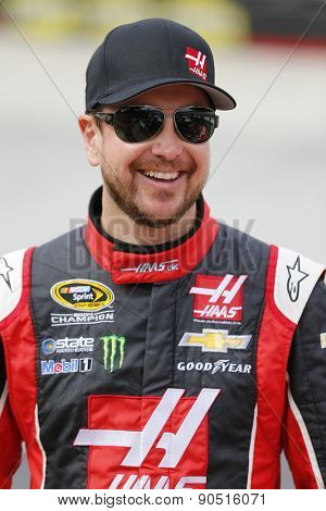 Bristol, TN - Apr 17, 2015:  Kurt Busch (41) laughs with his crew during qualifying for the Food City 500 at Bristol Motor Speedway in Bristol, TN.