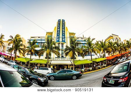 View At Ocean Drive  In Miami With Breakwater Hotel In The Art Deco District