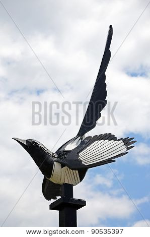 Magpie statue, Weobley.