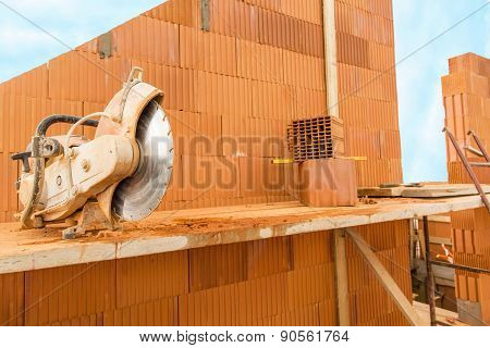 Build A House On Your Own. Circular Saw For The Bricks.