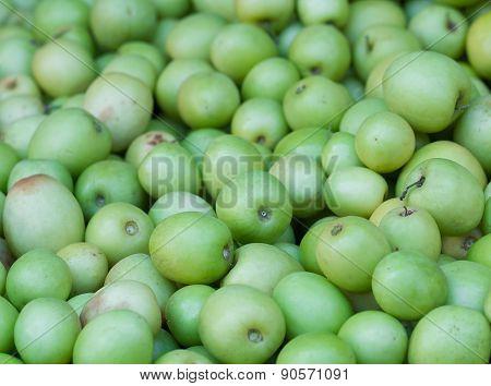 Monkey Apple In Market For Sale