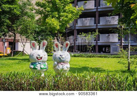 rabbit sculptures, public art decoration in community park