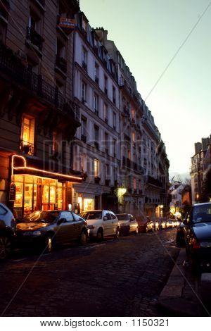 Paris Straßen von Montmartre Nacht