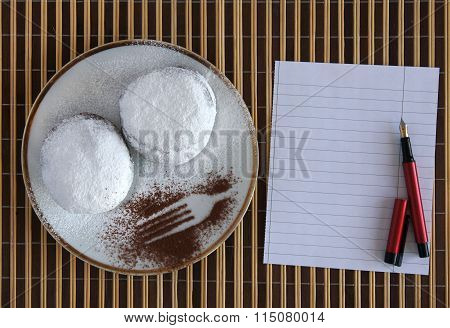 Doughnuts With Blank Paper