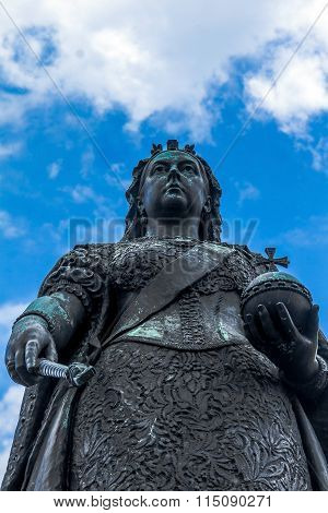 Statue of Queen Victoria.  Windsor, UK