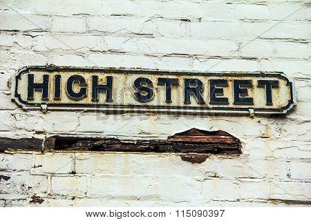 Sign Of High Street In  Windsor. Uk