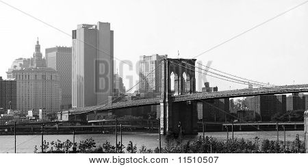 Puente de Brooklyn Nueva York Skyline
