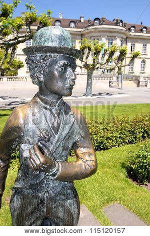 Vevey, Switzerland - 24 May: Bronze Statue Of Comedian Actor Charlie Chaplin On The Promenade In Vev